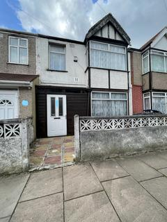 4 bedroom terraced house to rent - Southall, UB1