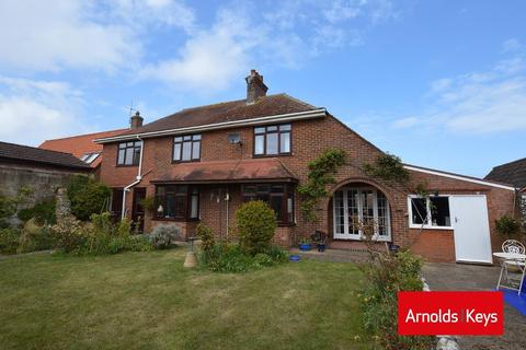 5 bedroom detached house for sale - The Rise, Sheringham