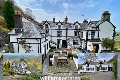 8 bedroom detached house for sale - London Road, Corwen