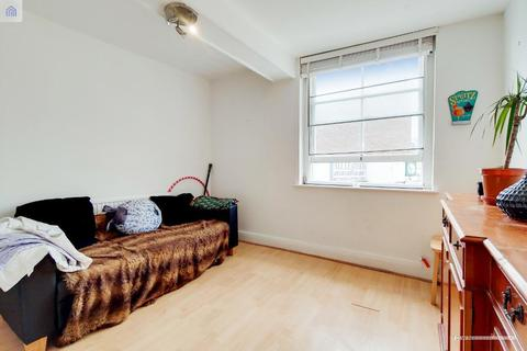 3 bedroom flat to rent - Deptford Broadway, New Cross, London, SE8 4PH