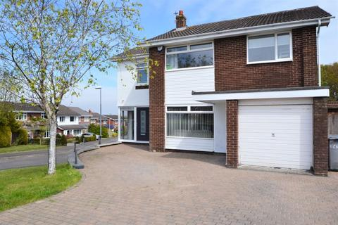 4 bedroom detached house for sale - Cheriton Avenue, West Kirby