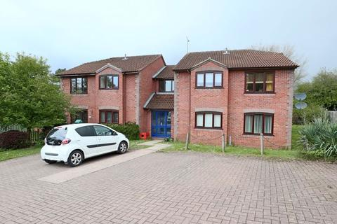 1 bedroom apartment for sale - Kingsland Road, Stone
