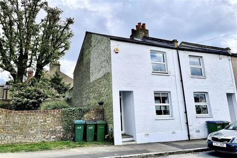 2 bedroom end of terrace house for sale - Red Lion Lane, Shooters Hill, London, SE18