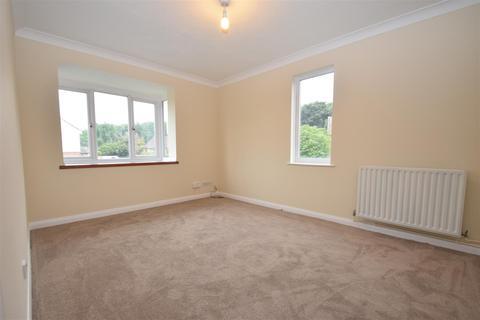 1 bedroom flat to rent - Beecham Berry Loddon Vale Basingstoke Hants