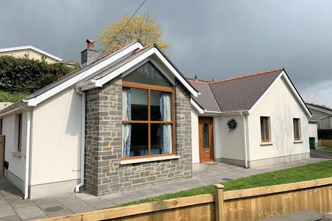 3 bedroom bungalow for sale - Reservoir Road, Carmarthen, SA31