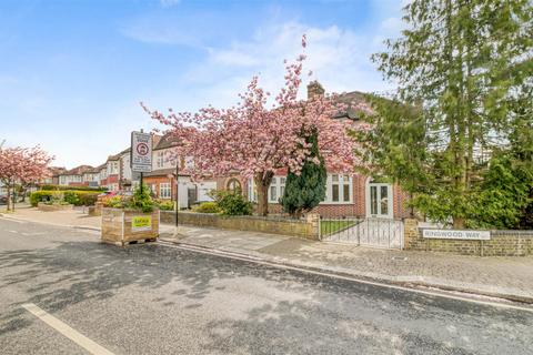 3 bedroom semi-detached house for sale - Ringwood Way, Winchmore Hill