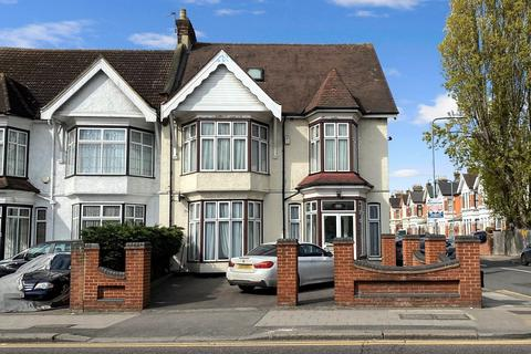9 bedroom semi-detached house for sale - Cranbrook Road, ILFORD, IG1