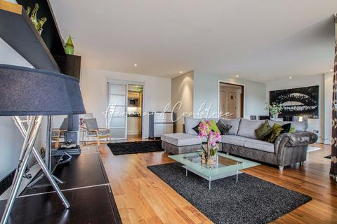 2 bedroom penthouse for sale - The Park Plaza, City Centre