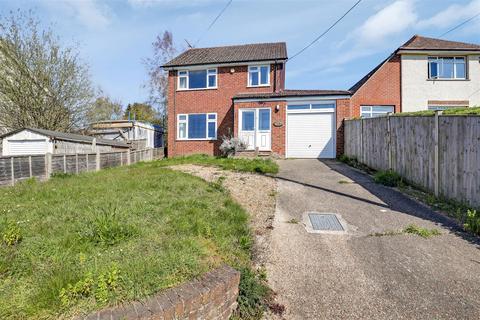3 bedroom detached house for sale - Highsted Valley, Rodmersham, Sittingbourne