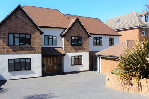 8 bedroom detached house for sale - Eleven Acre Rise, Loughton