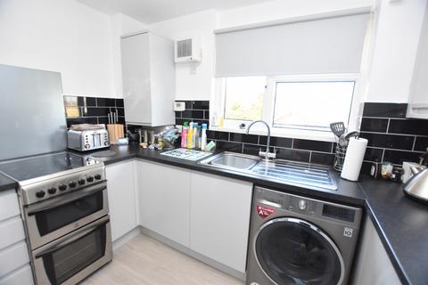 1 bedroom flat to rent - Shrublands Avenue Croydon CR0