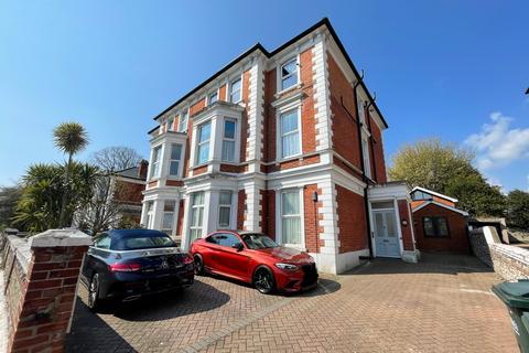 2 bedroom flat for sale - College Road, Eastbourne BN21