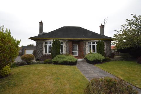 3 bedroom detached bungalow for sale - Abbotsgrange Road, Grangemouth, Falkirk, FK3 9JZ