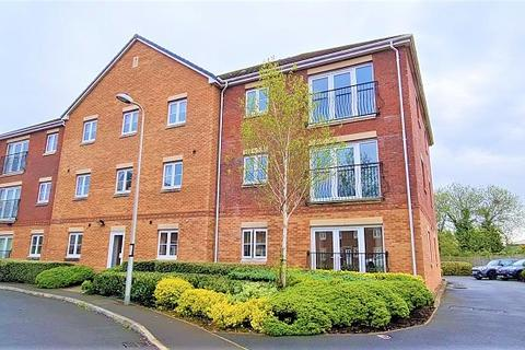 1 bedroom flat for sale - Moorland Green, Gorseinon, Swansea, City And County of Swansea.