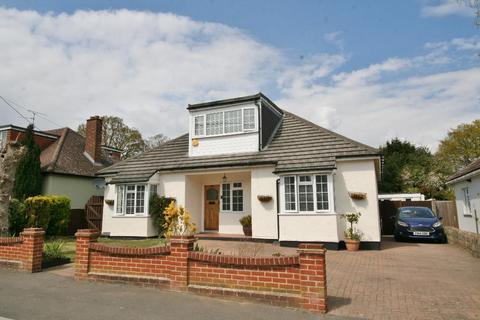 3 bedroom detached house for sale - West Belvedere, Danbury, CM3 4RF