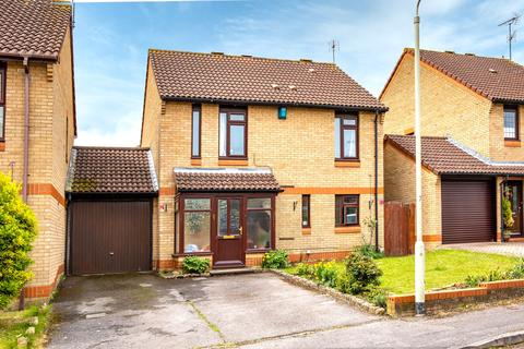 4 bedroom detached house for sale - Pimento Drive, Earley, Reading, RG6 5GZ