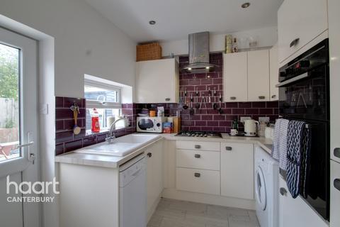 2 bedroom detached bungalow for sale - Staple Street Road, FAVERSHAM