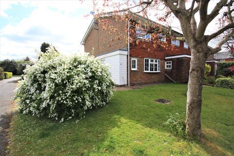 3 bedroom semi-detached house to rent - Benson Road, Henfield BN5
