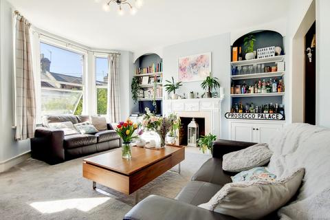 3 bedroom maisonette for sale - Sugden Road, Battersea, London