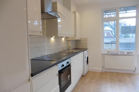 1 bedroom apartment to rent - Queens Lane, Muswell Hill, London, N10