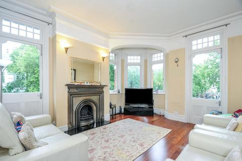4 bedroom flat for sale - Brook Green Road, Brook Green