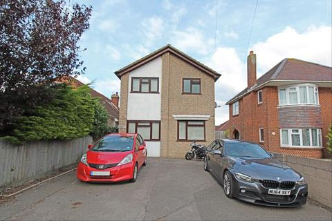 1 bedroom in a house share to rent - Cynthia Road, Parkstone