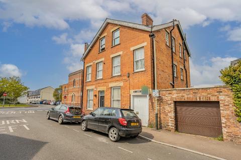 1 bedroom flat for sale - St Annes Road, Cheltenham, GL52