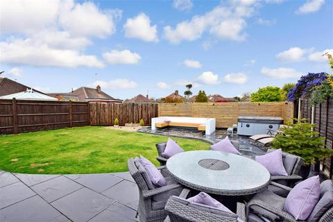4 bedroom detached bungalow for sale - Holmes Lane, Rustington, West Sussex