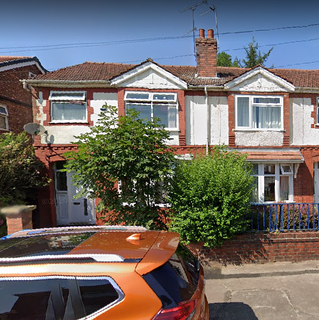 4 bedroom semi-detached house to rent - Merwood Grove, Manchester M14