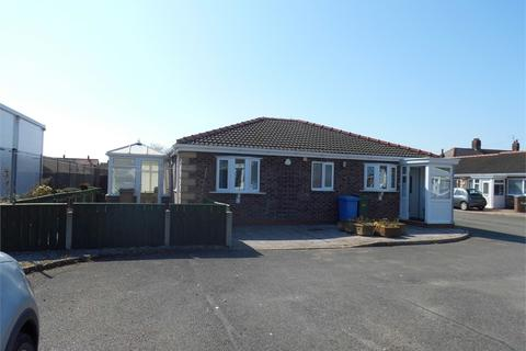 2 bedroom detached bungalow for sale - Trinity Fields, Withernsea, East Riding of Yorkshire