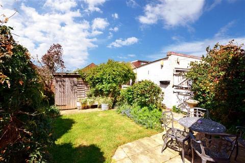 2 bedroom semi-detached bungalow for sale - Barnsite Gardens, Rustington, West Sussex