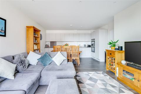 2 bedroom flat for sale - Hopkins Court, Whelan Road, London