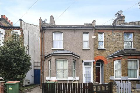 3 bedroom flat for sale - East Road, Stratford, London, E15