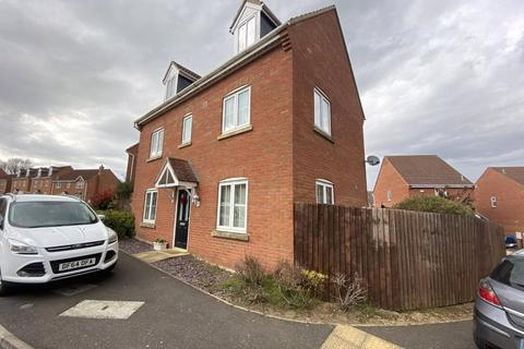 4 bedroom detached house for sale - St. Mellion Drive, Grantham, NG31