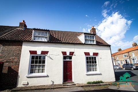 3 bedroom semi-detached house for sale - Windsor House, 9 North Back Lane, Bridlington