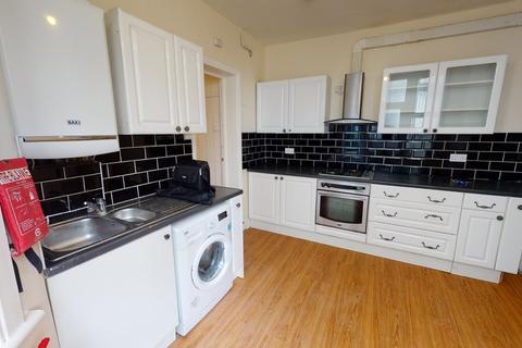 2 bedroom ground floor flat to rent - 2 Bedroom Flat To Rent In Norbury