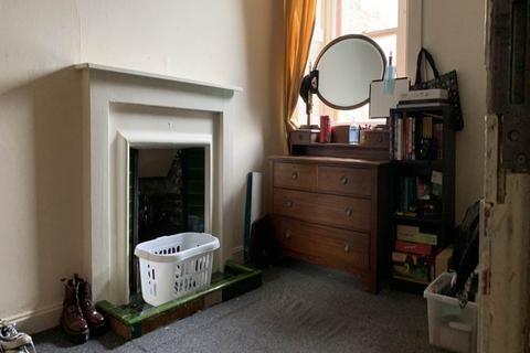 4 bedroom apartment to rent - 86 2/0 Nethergate, Dundee,