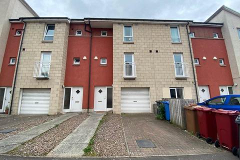 4 bedroom house to rent - 4 Milnbank Gardens, ,