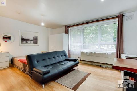3 bedroom flat to rent - Hyperion House, Brixton Hill, London, SW2 1HY