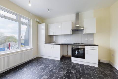 2 bedroom flat to rent - High Street , Swanley, Kent