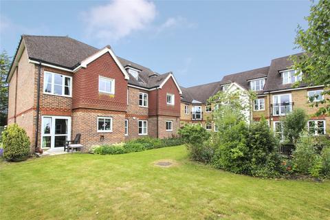 1 bedroom apartment for sale - St Rumbolds Court, Brackley, Northamptonshire, NN13
