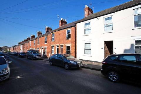 2 bedroom terraced house for sale - Victoria Street, Grantham, NG31