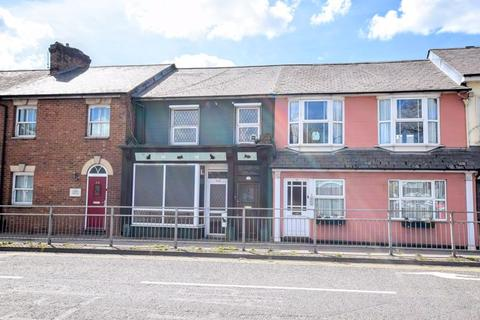 2 bedroom terraced house for sale - Wendover Road, Aylesbury