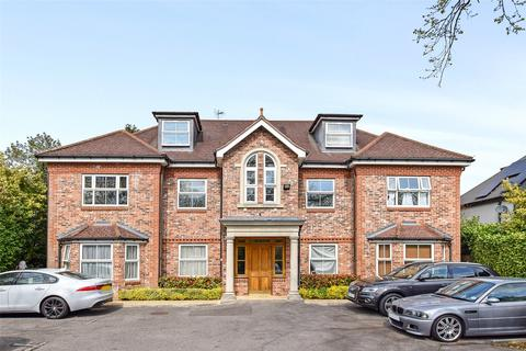 2 bedroom apartment to rent - Twin Oaks, 104 Ducks Hill Road, Northwood, Middlesex, HA6