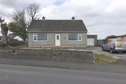 2 bedroom detached bungalow for sale - Rhostrehwfa, Anglesey, LL77