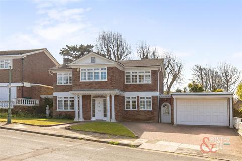 4 bedroom detached house for sale - Chalfont Drive, Hove