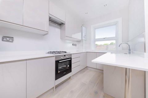 3 bedroom apartment to rent - Kilburn Lane, Queens Park, W10