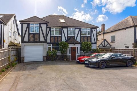 5 bedroom detached house for sale - Poulters Lane, Worthing