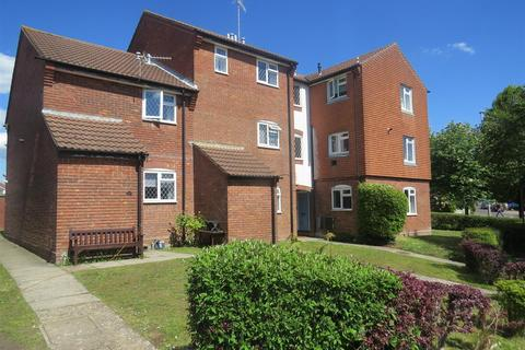 1 bedroom flat to rent - Southbrook Close, Poole