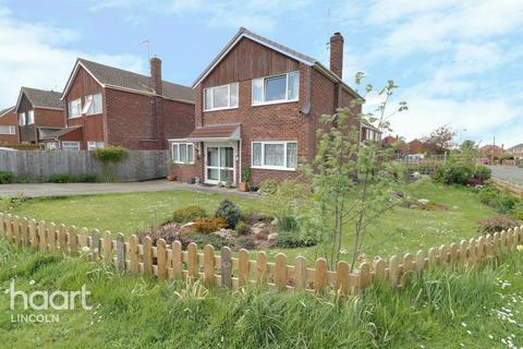 3 bedroom detached house for sale - Somerville Close, Waddington